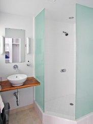 Guest bath details