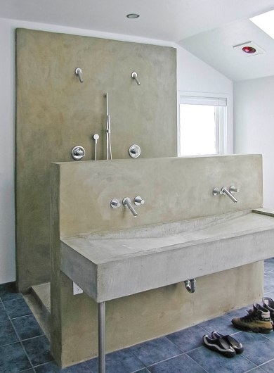 Master bath sink & shower