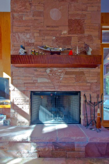 Great room fireplace detail
