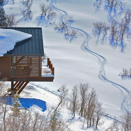 Skiing out your back door